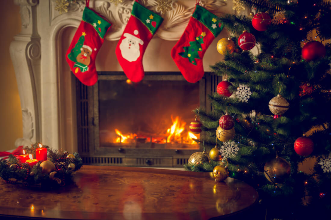 Christmas Fire Place Images.Cosy Christmas Mantelpiece Design Ideas Direct Fireplaces