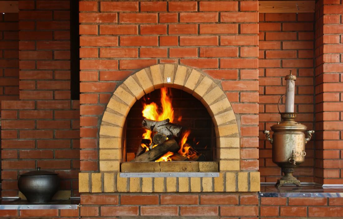 fireplace design trends brick back