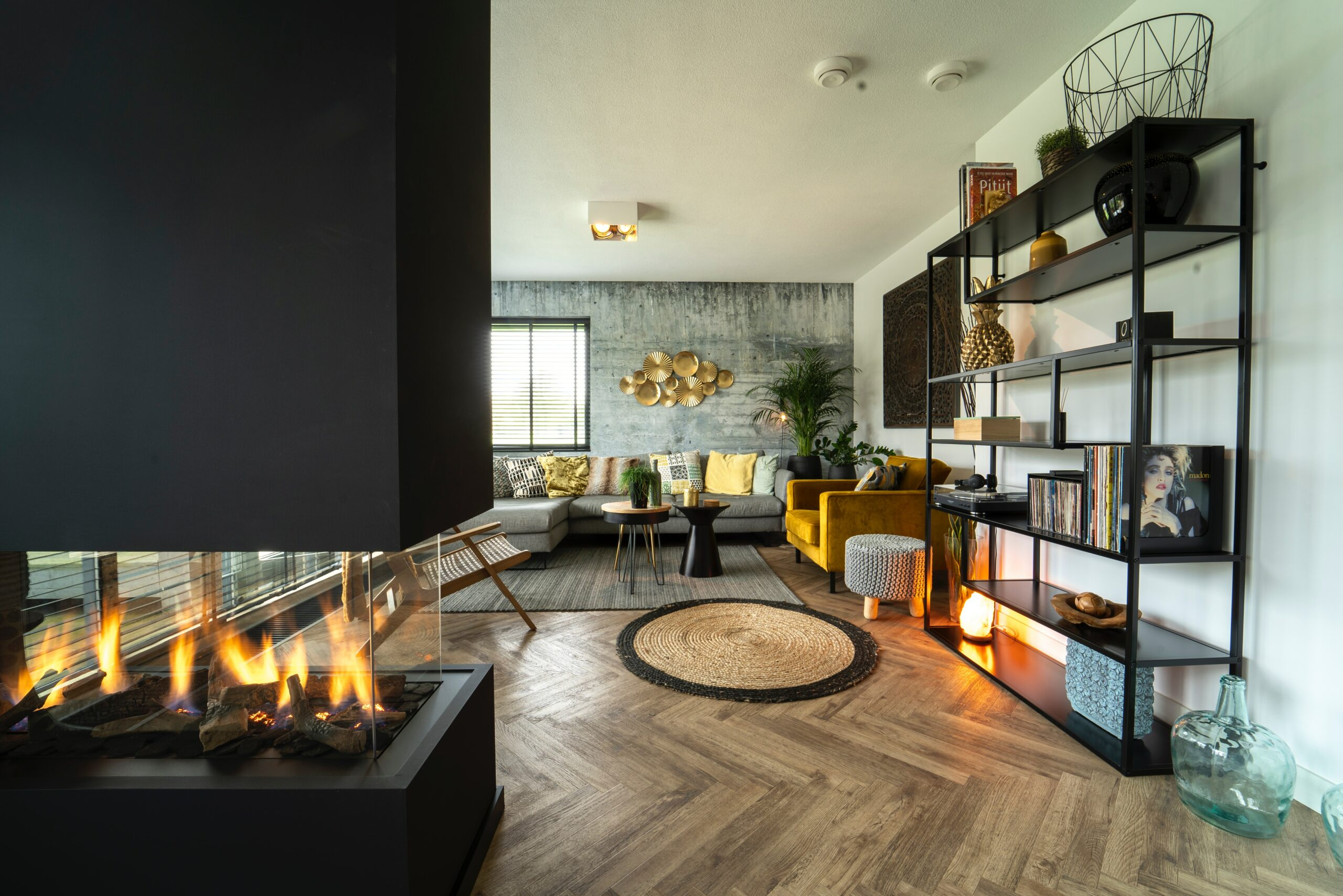 How efficient are different types of fireplaces